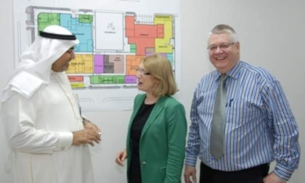 Mohammad Kamal Salah of Halwani Bros. explaining the project scheme to Jan O'Sullivan, Ireland's Minister for Trade and Development. Also seen in the photo is PM Group's project manager Tom Purcell. Image courtesy of PM Group.