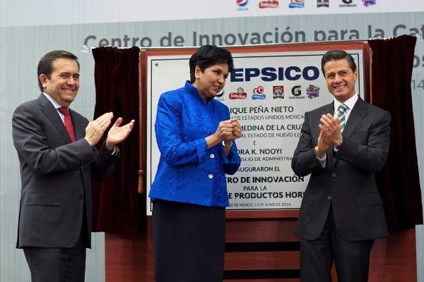 President and Director of the Global Board of Directors of PepsiCo, Indra Nooyi inaugurated the Mexican baking innovation centre. Image: courtesy of The Presidency, Mexico.
