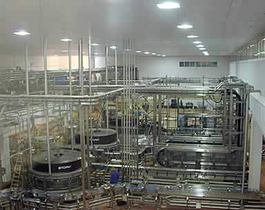 The filling hall in 2002 prior to the first capacity expansion.