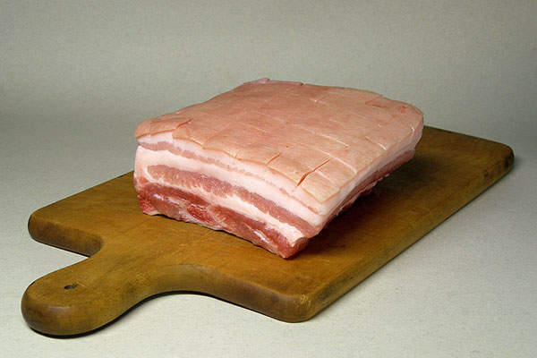The plant will focus on manufacturing sliced-to-order naturally hardwood smoked bacon. Image: courtesy of Rainer Zenz.