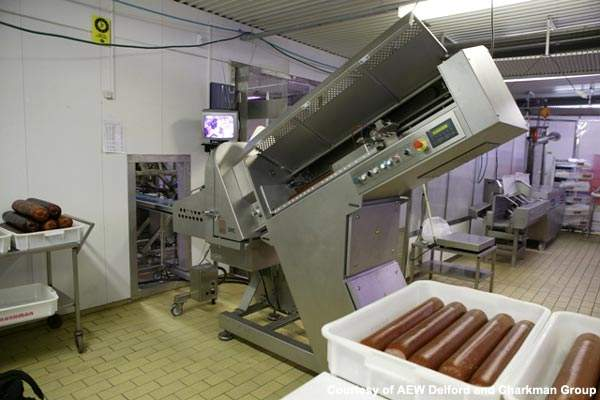 The ABB robot at the Charkman plant allows precision and consistency when slicing and picking.
