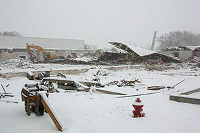 The site prior to building the new Reser's facility. This is the old Farmland Foods hot dog plant.