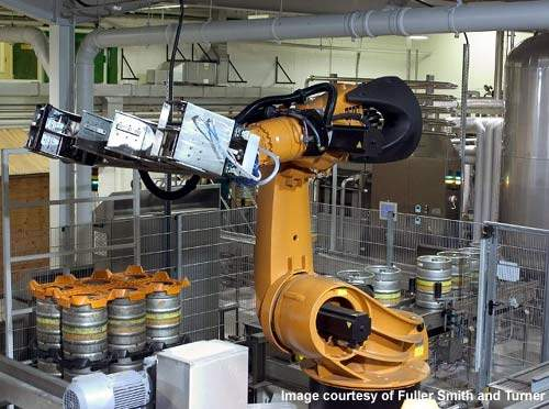 The intelligent robot-controlled palletiser on the production line stacks the kegs ready for shipment.