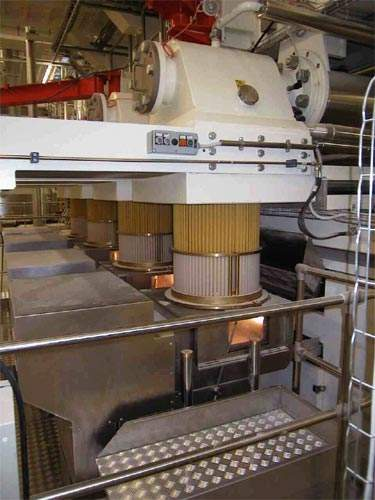 Close-up of the 8,000kg/h pasta press.