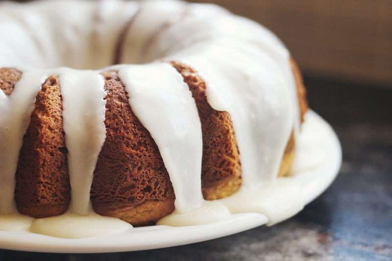 Nothing Bundt Cakes offers a range of bundt cakes in various sizes and flavours. Credit: Jen Theodore on Unsplash.