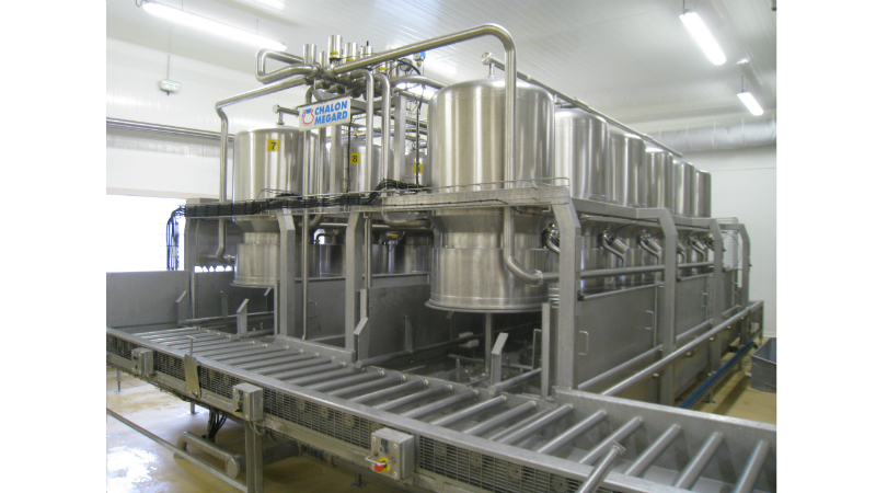 Highly mechanised dairy processing facilities