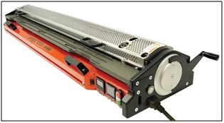 Flexco has added to its line of endless splicing solutions the Novitool Amigo for splicing monolithic belts.