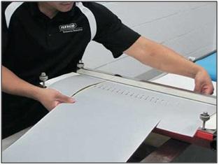 Flexco has introduced the Novitool Aero portable splice press.