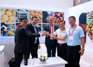 TOMRA has introduced two new Chinese customers during a signing ceremony at the 9th World Potato Congress.